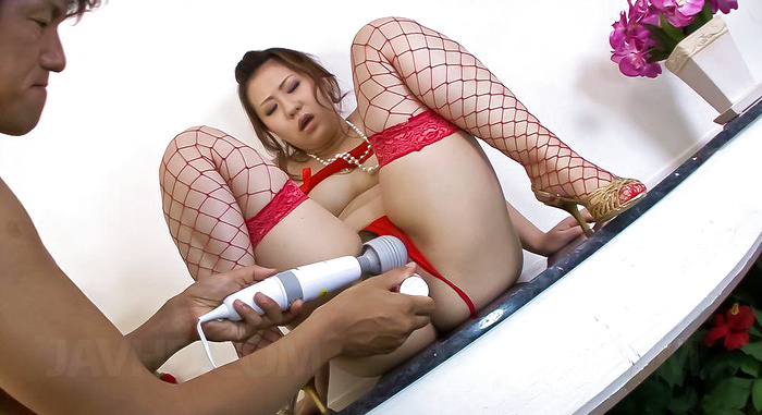 Ai yuumi in red lingerie has furry muff toyed 7