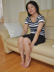 Horny Japanese granny Akiko Oda wants sex toys and cock to penetrate her hairy pussy.